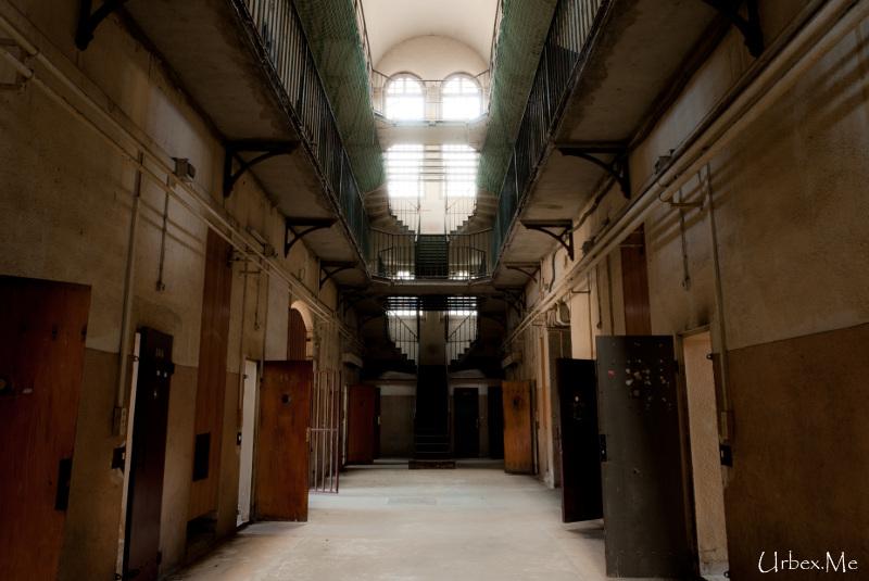[Image: 1291540599_urbex_24h_en_prison_20.jpg]