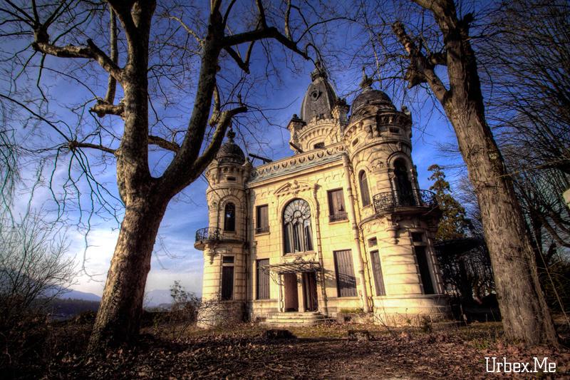 [Image: 1305581386_urbex_chateau_des_rois_01.jpg]